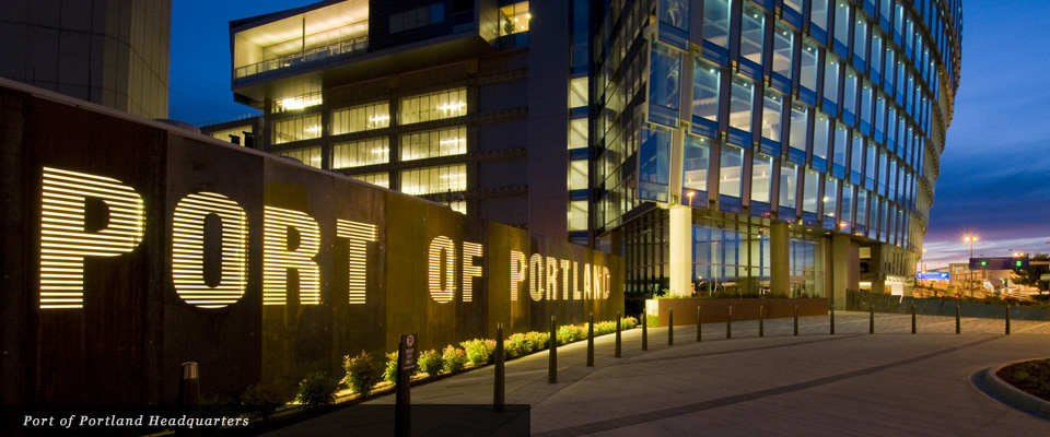 Port of Portland Headquarters signage and landscape - Mayer/Reed